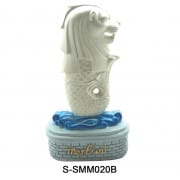 Merlion Statue and Plate